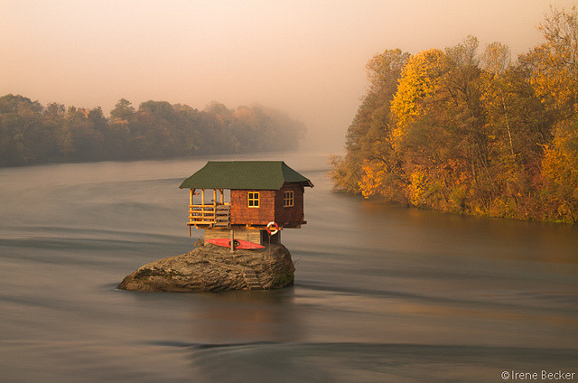 by Iris  on Flickr.House in the middle of Drina River near the town of Bajina Basta, Serbia.
