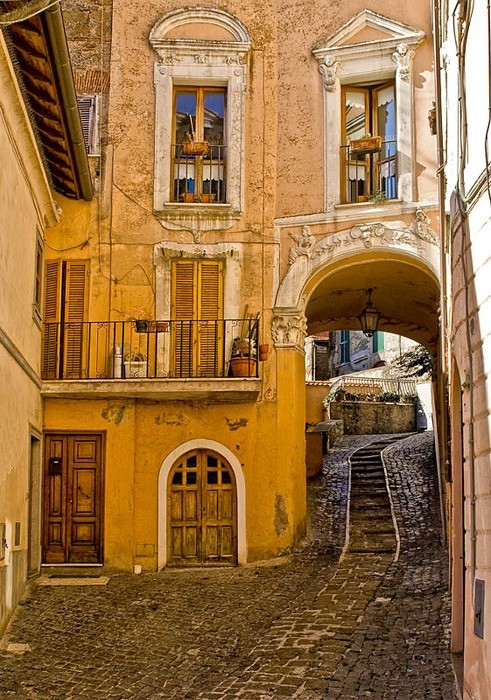 Side Street, Rome Italy