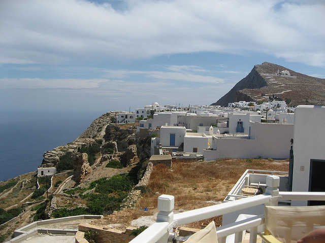 by isaonojima on Flickr.The city and the island of Folegandros - The Cyclades, Greece.