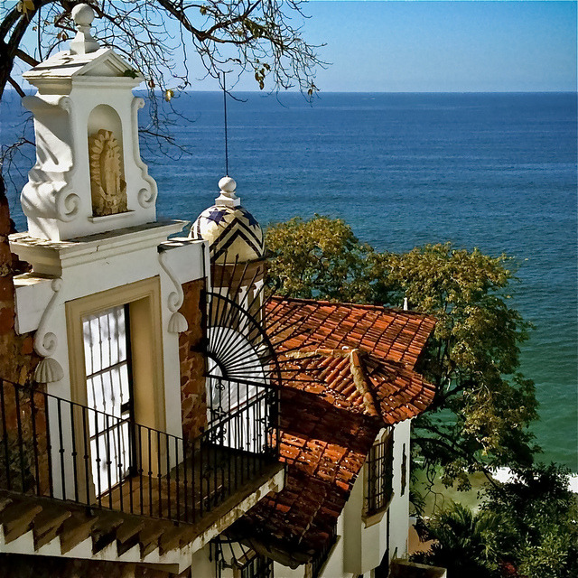 by uteart on Flickr.Amapas in Puerto Vallarta, a Mexican balneario resort city situated on the Pacific Ocean.
