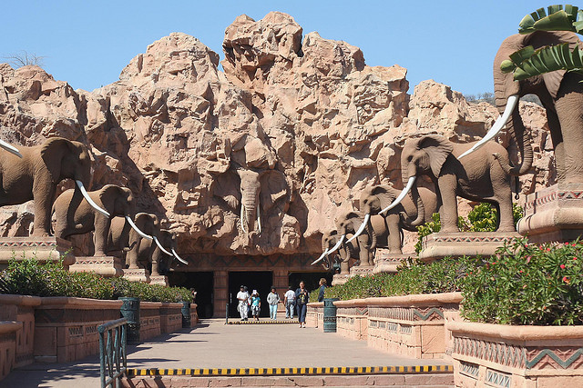 Avenue of the Elephants, Sun City, South Africa