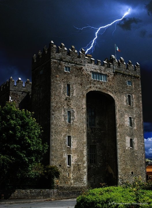 Lightning Bolt, Bunratty Castle, Ireland