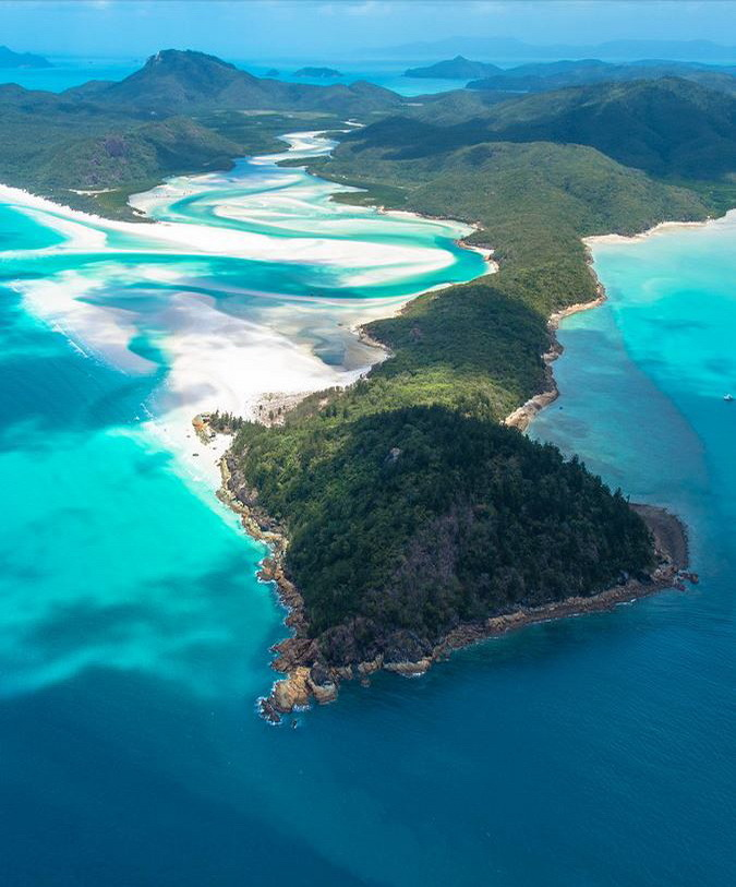 The Whitehaven Beach in Whitsunday Islands, Australia