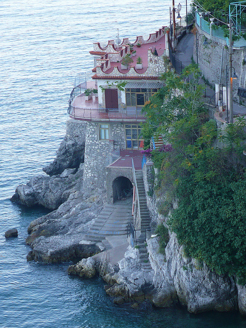 Cliff side hotel on the Amalfi Coast / Italy