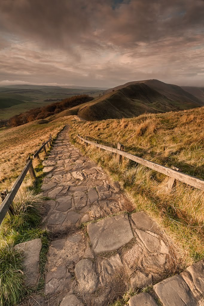 Mam Tor hill path, Derbyshire / England